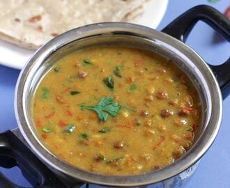 Black Chickpeas Gravy | Kala Chana Gravy | Chapati Side Dish
