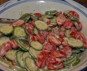 Simple Cucumber and Tomato Salad Recipe