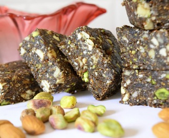 Dry fruits and mixed nuts Burfi/ Dry fruits and mixed nuts fudge (Sugar-free)~~Holi recipes