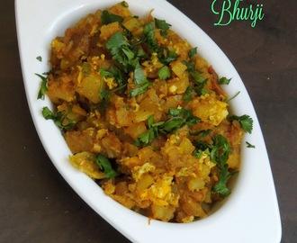 Aloo Anda Bhurji/Potato Egg Bhurji/Indian Potato Scrambled Eggs
