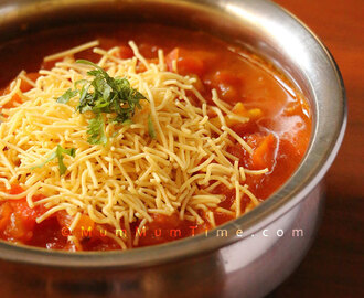 Sev Tomato Curry (Sev Tamatar Sabzi) Recipe