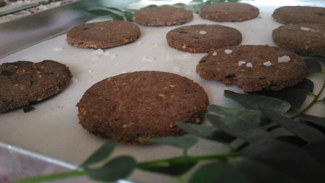 Ragi and Whole Wheat Savory Biscuits with Curry Patta and Sesame Seeds