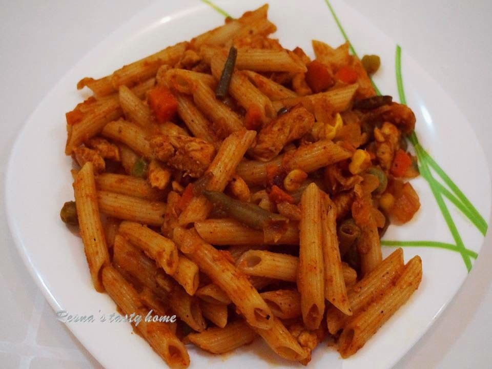 Indian style spicy chicken pasta (3)