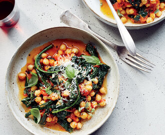 Chickpeas and Kale in 
