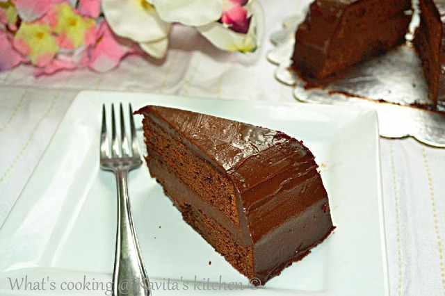 Chocolate cake with chocolate ganache/ Chocolate ganache cake/ Eggless chocolate cake with chocolate ganache