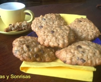 GALLETAS DE AVENA CON CHIPS DE CHOCOLATE