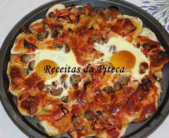 Pizza com base de batata doce