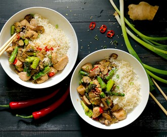 Spicy Chicken and Asparagus Stir Fry