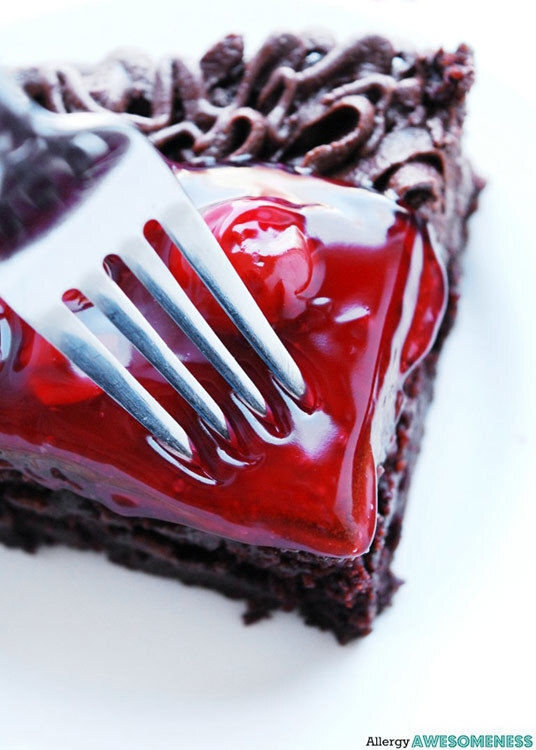 35 of the Best Chocolate Cakes and Cupcakes for Chocolate Monday