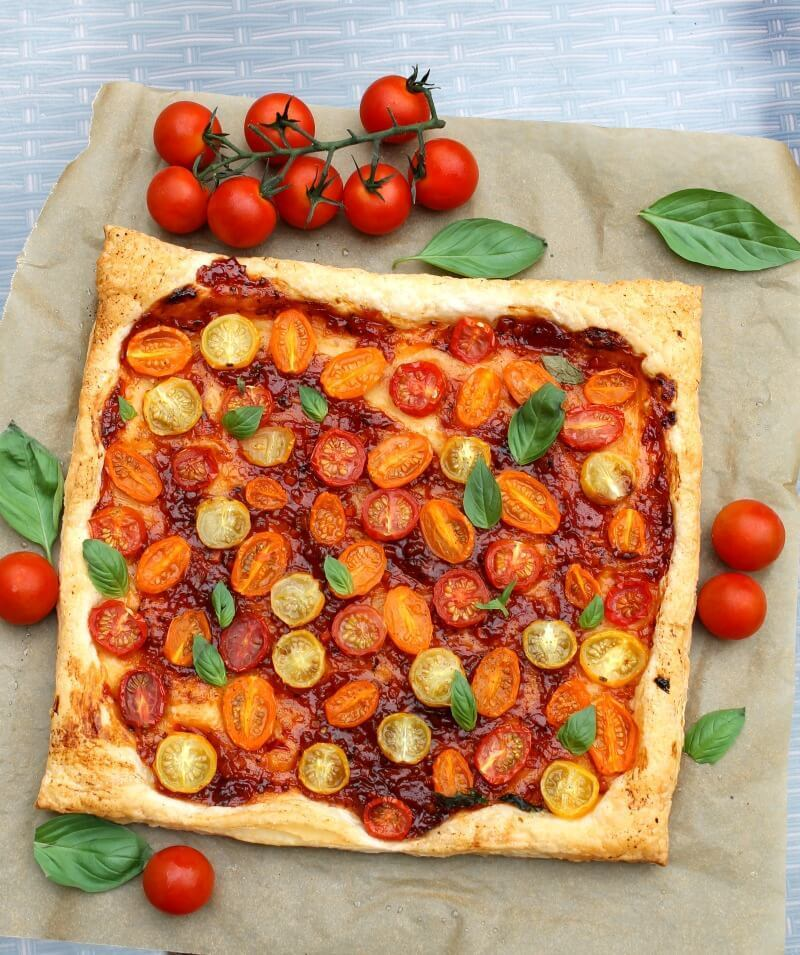 Easy Tomato Puff Pastry Tart – WeightWatchers Friendly