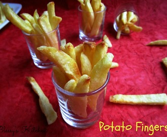 Potato Fingers/ French Fries/ Aloo Finger Chips/ Frites/ Pommes Frites/ Patatas Fritas