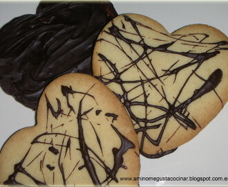 Corazones de galleta con chocolate
