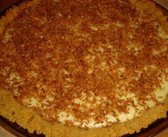 Lite and Dreamy Coconut Cream Pie