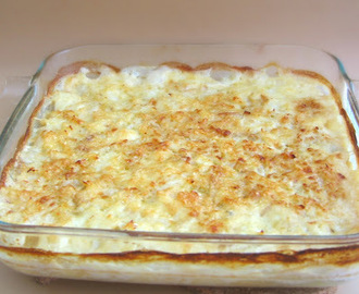 Bacalhau e batatas no forno em leite de amêndoa / Oven cooked codfish with potatoes in almond milk