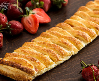 Strawberry Puff Pastry Braid