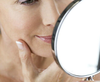 Natural Beauty Tips for Women Over 40