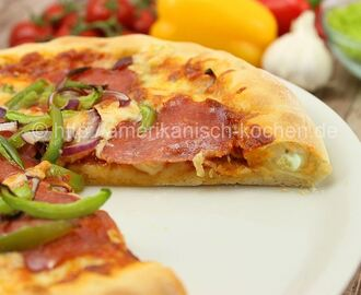 Pan Pizza mit Käse-Rand/ Cheesy Crust Pizza