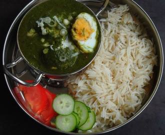 Anda Palak/Spinach Egg Curry