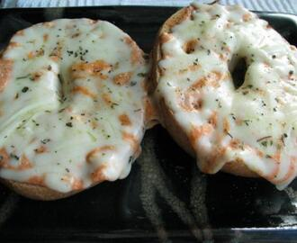Quick and Easy Mini Russian Pizza