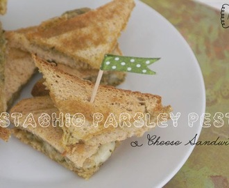 Pesto Cheese Sandwich / Topli sendviči s pestom