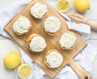 SPLENDA Cupcakes with Lemon Cream Cheese Frosting