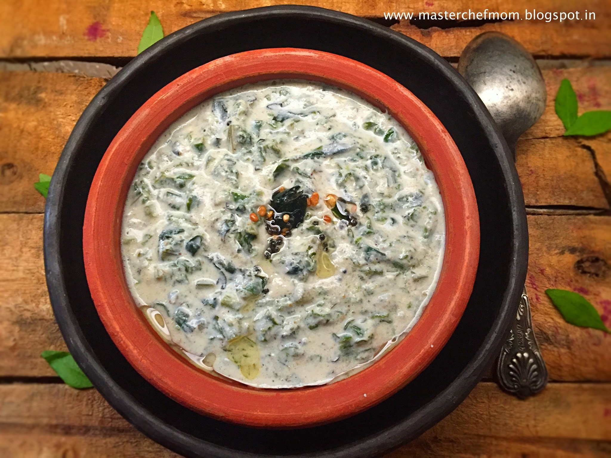 Keerai Thayir Pachadi | Chettinad Style Keerai Pachadi |Spinach Raita | Authentic Recipe | Quick and Easy Side dish | Stepwise Pictures