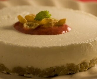 Cheesecake com calda de morango light