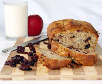 Banana Apple and Cranberry Loaf