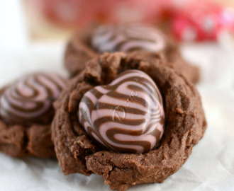 Nutella Chocolate Pudding Cookies with Strawberry Hearts