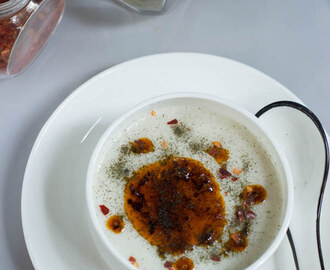 TURKISH YOGURT SOUP WITH RICE, MINT AND PAPRIKA FLAKES