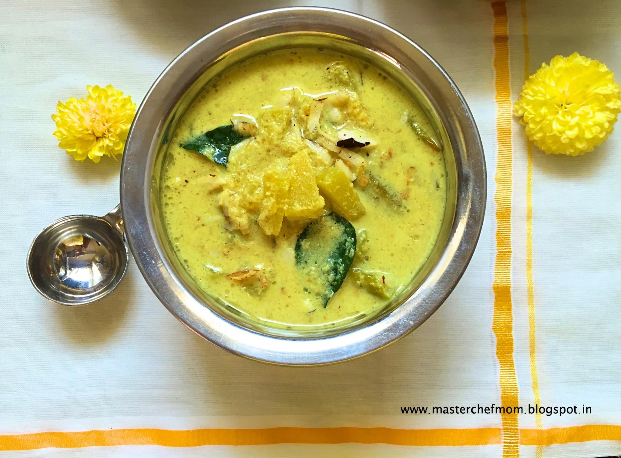 Mathanga Erissery | Kerala Style Yellow Pumpkin Coconut Curry | How to make Mathanga Erissery | Vegan and Gluten Free Recipe | Festival Recipes by Masterchefmom