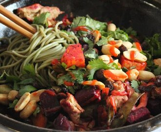 Green Tea Soba Noodles With Roasted Vegetables and Herbs [Vegan]