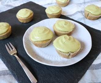 Matcha Green Tea Cupcake with Green Tea Cream Cheese Frosting