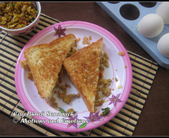 Egg Bhurji Sandwich / Scrambled Egg Stuffed Sandwich
