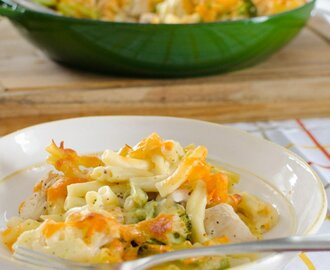 Chicken, Broccoli and Cauliflower Pasta Bake