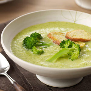 Creamy Broccoli Soup with Croutons