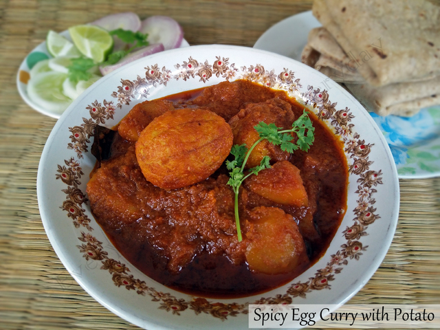 Spicy Egg Curry with Potatoes