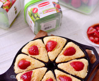 Buttermilk Breakfast Cakes with Balsamic Strawberries & Rubbermaid FreshWorks Giveaway
