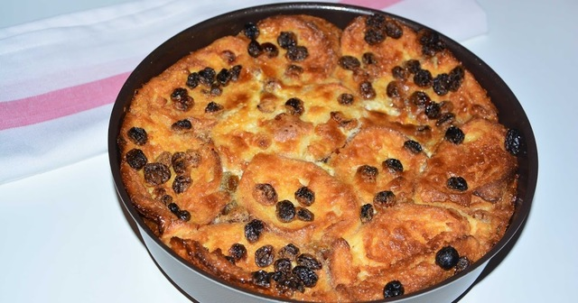 Bread Butter Pudding : Easy original recipe.