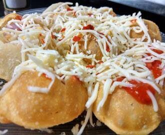 Pizza Puri - Golgappa with Pizza Filling