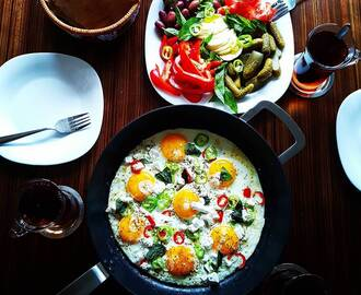 Fried eggs with paprika and feta cheese by Morteza #åretsäggrätt