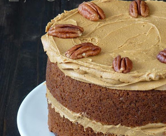 Layer Cake de Café y Nueces