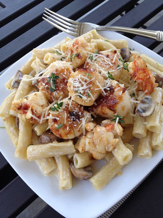 Scallop and lobster tail Rigatoni