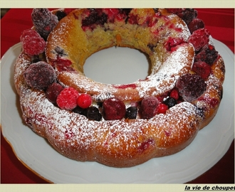GATEAU YAOURT AUX FRUITS ROUGES