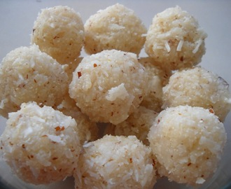 Coconut Laddoo with a  rava twist ( Diwali encounter)