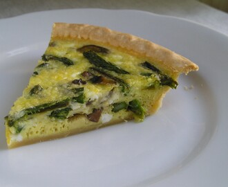 Roasted Asparagus and Mushroom Quiche
