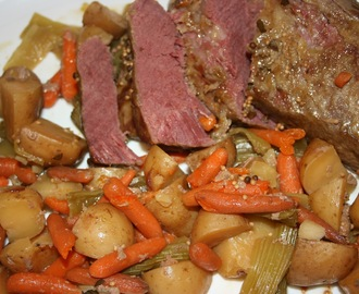 Slow Cooker Corned Beef and Vegetables Recipe