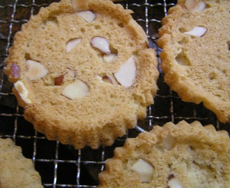 Almond Cookie Tarts