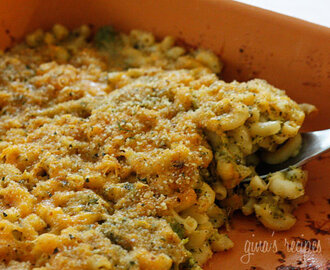 Skinny Baked Broccoli Mac n Cheese