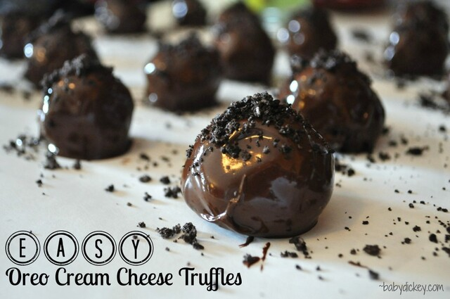 EASY Oreo Cream Cheese Truffles
